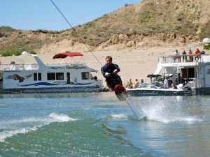 Roosevelt Lake Marina water sports